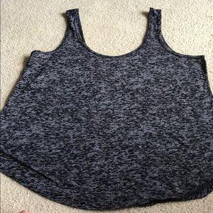 Torrid Active women's top with bra size 0 in EUC